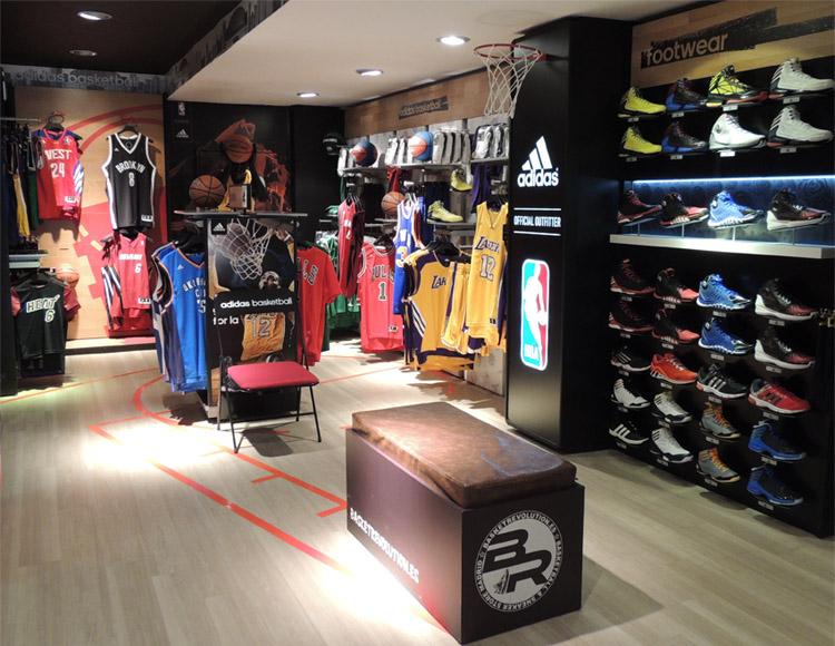 Basket Revolution Area Adidas 1