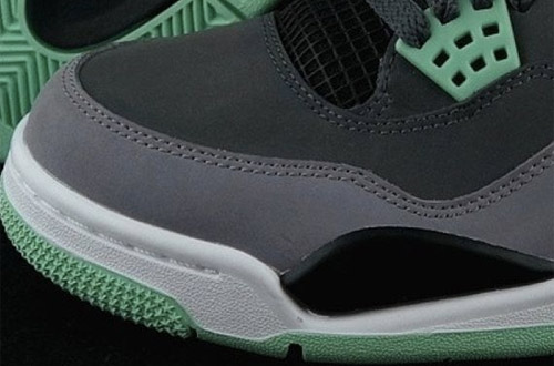 Air-Jordan-IV-Green-Glow-308497-033(5)