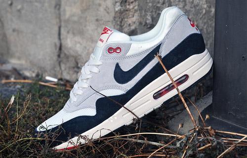Nike-Air-Max-1-OG-554717-100(2)