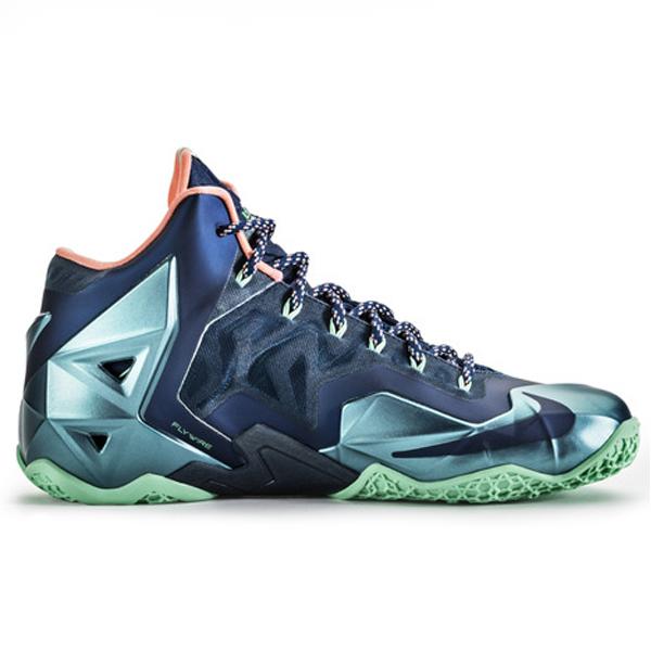 Nike-Lebron-XI-Miami-Vs-Akron-616175-400(22)