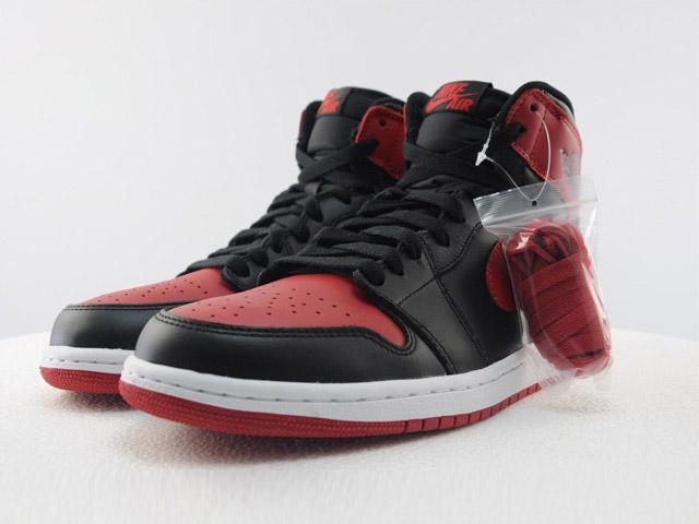 Air-Jordan-1-Bred(4)