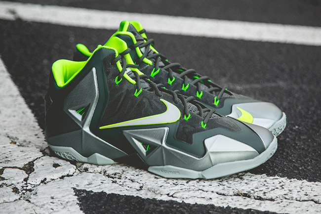 Nike-Lebron-11-Dunkman(1)