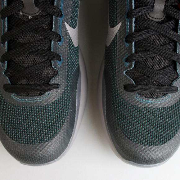 "Nike Kobe X ""Flight"""