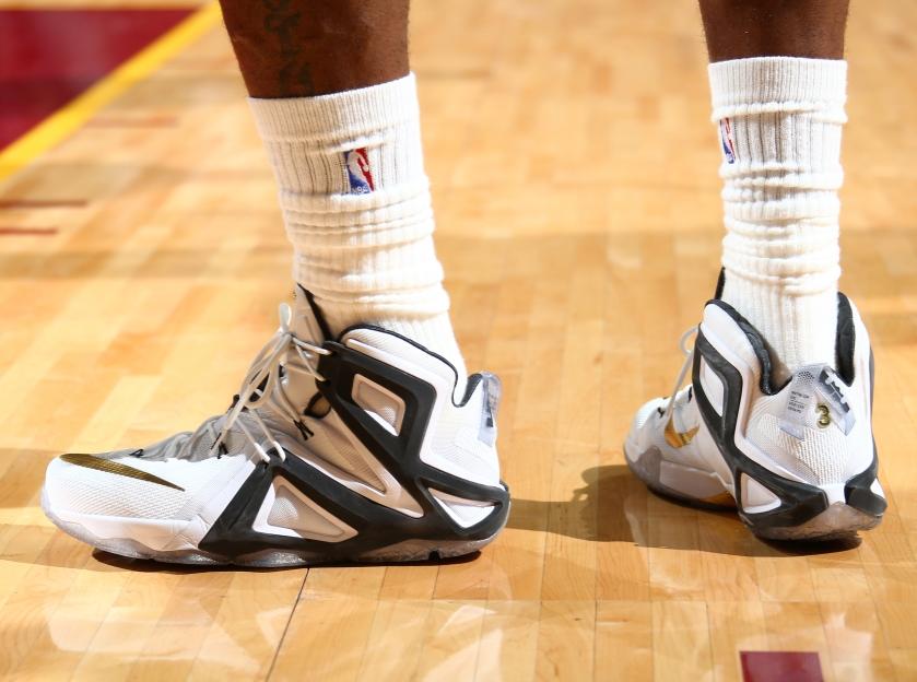 Nike Lebron 12 Elite PE