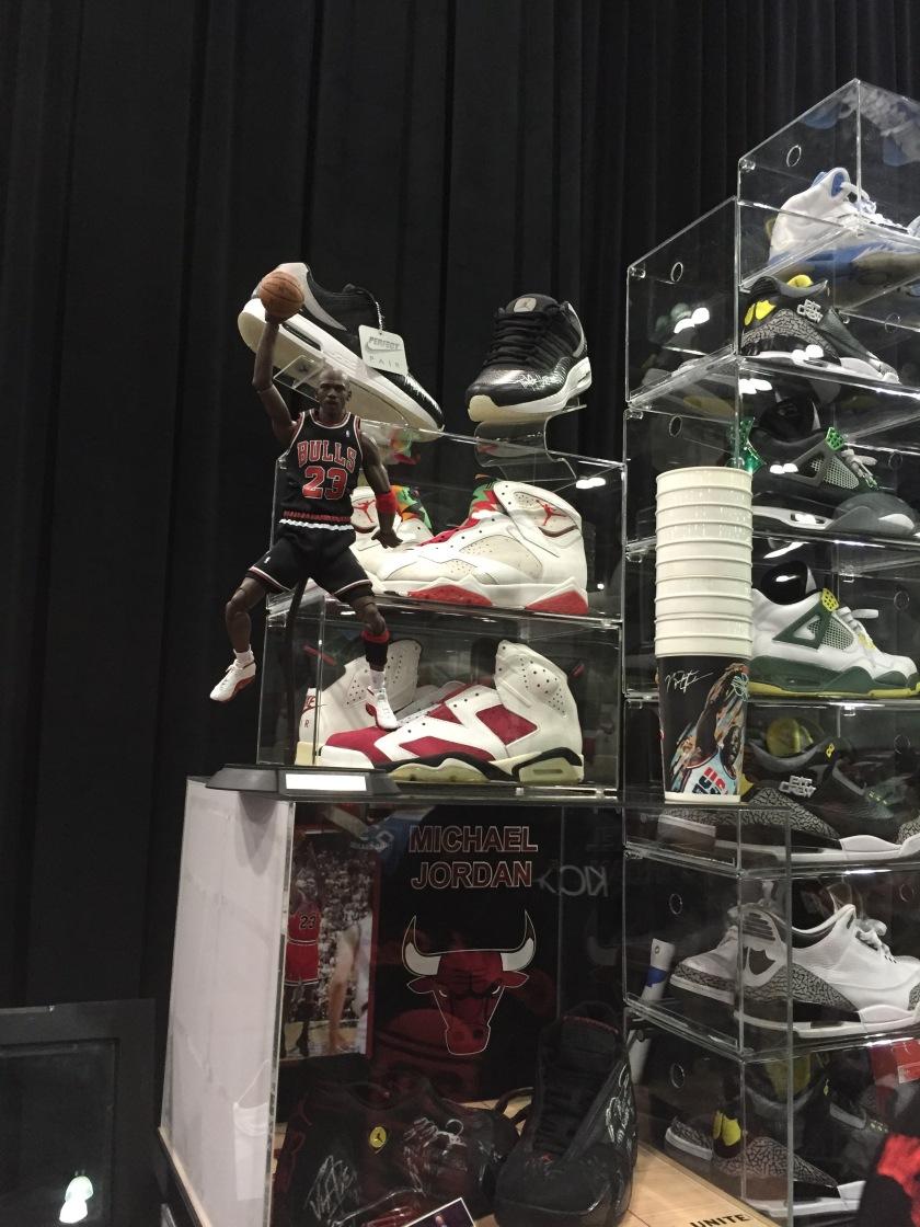 """Air Jordan 6 """"Carmine"""" & Air Jordan 7 """"Hare"""""""