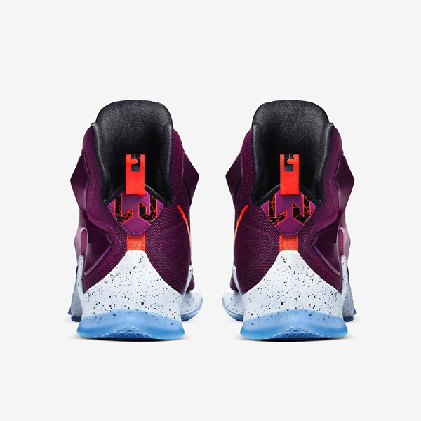 NIKE-LEBRON-XIII-GS-WRITTEN-IN-THE-STARS(3)