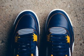 air-jordan-4-dunk-from-above-midnight-navy-varsity-maize-4