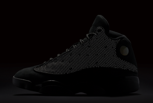 black-cat-air-jordan-13-official-look-2
