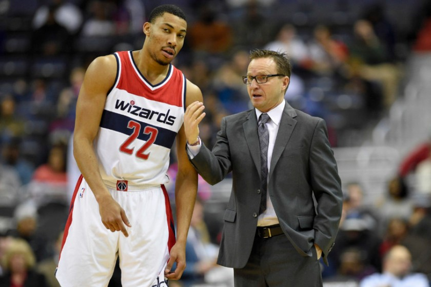 otto-porter-jr-scott-brooks-nba-wizards.jpg