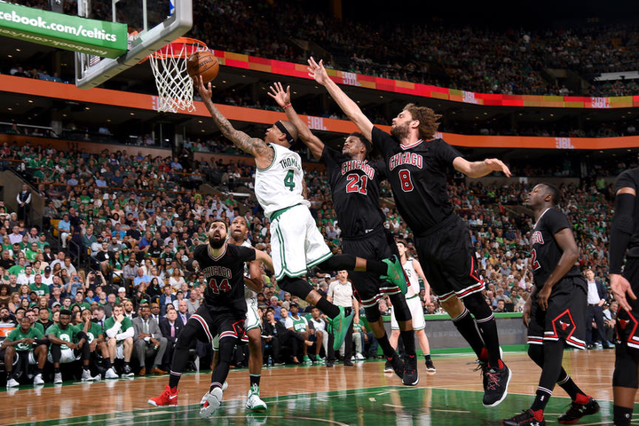 isaiah-thomas-boston-celtics-bulls.jpg