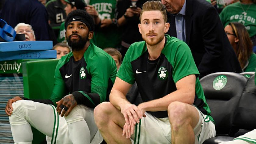 kyrie_irving_gordon_hayward_bench